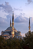 Blue Mosque at twilight, Istanbul, Turkey, Europe