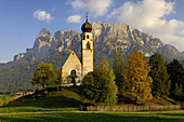 Saint Konstantin Church, Voels am Schlern, Schlern, UNESCO wordl natural heritage, Dolomites, South Tyrol, Trentino-Alto Adige, Italy
