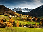 Villnoess and Geissler peaks in autumn, Valle Isarco, Alto Adige, South Tyrol, Italy