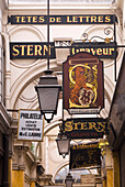 France, Paris, Passage des Panoramas, Stern engraver sign