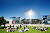 France, Paris, parc de La Villette, Cité des Sciences et de l'Industrie, La Géode omnimax