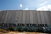 Territoire palestinien occupé, Bethlehem, Graffiti on the Israeli security wall