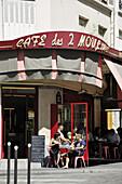 France, Paris, Montmartre, café terrace