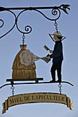 France, Paris region, beekeeper's sign
