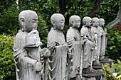 JAPON, TOKYO, Jizo looks after the souls of dead children