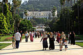 Algeria, Algiers, Hamma district, botanical garden, Fine Arts museum in background