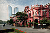 Colonial architecture and the towers of the World Trade Center in capital Colombo, Sri Lanka