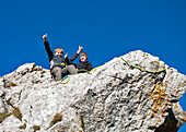 Young mountaineers, Steinling Alm, Kampenwand, Chiemgau, Upper Bavaria, Germany