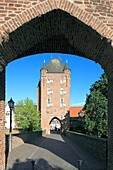 Germany, Xanten, Rhine, Lower Rhine, North Rhine-Westphalia, NRW, city fortification, town wall, Cleve Town Gate, Middle Ages