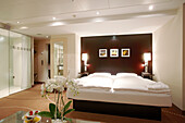 Colour Suite room with intelligent lighting, window free, Park Inn Hotel, Alexanderplatz, Berlin, Germany