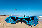 Kite surfer at beach, Playa Barca, Playa de Sotavento, Fuerteventura, Canary Islands, Spain