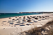 Sunshades on the beach, Praia do Martinhal, Atlantic Coast, Algarve, Portugal, Europe