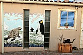 Les Sables d&39, Olonne, Danielle Aubin-Arnaud, the lady with shells hanging on the walls of houses in the neighborhood of the island Penotte, a mosaic of shells representing marine motifs, mythological, bestiary Island, Travel and exoticism