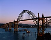bay, boat, bridge, dusk, evening, Newport, Oregon, . America, Bay, Boat, Bridge, Dusk, Evening, Holiday, Landmark, Newport, Oregon, Sail, Sailing, Sunset, Tourism, Travel, United st