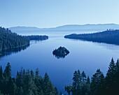 California, Dawn, Emerald Bay, Lake Tahoe, Tahoe, U. America, California, Dawn, Emerald bay, Holiday, Lake tahoe, Landmark, Tahoe, Tourism, Travel, United states, USA, Vacation