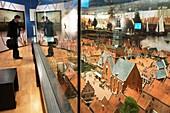Candadaplein Sq.Museo Stedelijk Alkmaark, Netherlands.