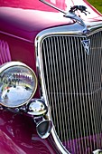 Classic lines of a cintage automobile grille