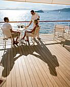 Couple on the terrace of the Eden-Roc Pavillion, Hotel du Cap-Eden-Roc Boulevard JF Kennedy, BP 29, 06601 Antibes Cedex, Cote d'Azur, France, Europe