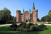 D-Bedburg-Hau, Lower Rhine, Rhineland, North Rhine-Westphalia, NRW, D-Bedburg-Hau-Till-Moyland, Moyland Castle, water castle, Tudor Gothic, neo-Gothic, museum, art exhibition of the Grinten Brothers, artist Joseph Beuys