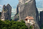 The Metéora complex of Eastern Orthodox monasteries, UNESCO World Heritage in the Plain of Thessaly, Greece