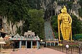 statue of lord murugan, Batu caves, shrines and temples, sacred place of worship for hindu people, kuala lumpur, malaysia