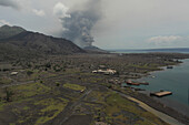 Tavurvur Vulkan, Rabaul, Ost-Neubritannien, Papua Neuguinea, Pazifik