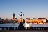 View over Binnenalster onto town hall and Jungfernstieg, Hamburg, Gemany, Europe