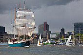 Sailing ship Antigua at the harbour in front of St. Pauli Landungsbrücken, Hamburg, Germany, Europe