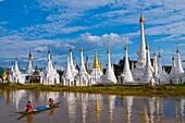 Myanmar (Burma), Shan State, Inle Lake, Héya Ywama village, Aung Mingalar Pagoda