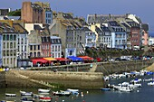 France, Finistère (29), Douarnenez, dock harbor, with its quaint houses and colorful