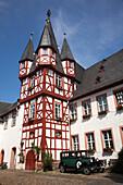 Außenansicht des Fachwerkturms von Siegfrieds Mechanisches Musikkabinett Museum, Rüdesheim am Rhein, Hessen, Deutschland, Europa