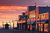 USA, California, Central Coast, Santa Cruz, Municipal Wharf, dawn