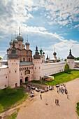 Russia, Yaroslavl Oblast, Golden Ring, Rostov-Veliky, elevated view of the Rostov Kremlin North Gate from the belltower