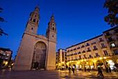 Spain, La Rioja Region, La Rioja Province, Logrono, Cathedral of Santa Maria de la Redonda, dusk