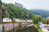 architecture , building , castle , color image , day , Europe , fortification , fortress , horizontal , lëtzebuerg , Luxembourg , outdoor , Vianden , V04-1583636 , AGEFOTOSTOCK