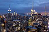 Manhattan Skyline vom Rockefeller Center gesehen, Architekt Raymond Hood, Manhattan, New York City, New York, USA