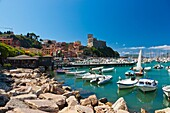 Harbour in Lerici and Castle controlling the entrance of the Gulf of La Spezia, Province of La Spezia, Liguria, Italy, Europe