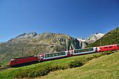 Glacier Express, Matterhorn Gotthard railway, pass Oberalppass, Andermatt, Uri, UNESCO World Heritage Site Rhaetian Railway, Rhaetian Railway, Switzerland