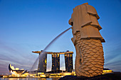 Asia, Singapore, Merlion Statue, Merlion, Marina Bay Sands, Hotel, Hotels, Casino, Casinos, Night View, Night Lights, Illumination, Tourism, Holiday, Vacation, Travel. Asia, Singapore, Merlion Statue, Merlion, Marina Bay Sands, Hotel, Hotels, Casino, Casi