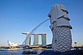 Asia, Singapore, Merlion Statue, Merlion, Marina Bay Sands, Hotel, Hotels, Casino, Casinos, Tourism, Holiday, Vacation, Travel. Asia, Singapore, Merlion Statue, Merlion, Marina Bay Sands, Hotel, Hotels, Casino, Casinos, Tourism, Holiday, Vacation, Travel