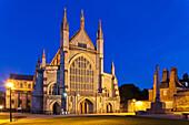 UK, United Kingdom, Great Britain, Britain, England, Winchester, Winchester Cathedral, Cathedral, Cathedrals, Night View, Illumination, Tourism, Travel, Holiday, Vacation. UK, United Kingdom, Great Britain, Britain, England, Winchester, Winchester Cathedr