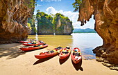 Thailand, Krabi province, Phang Nga Bay, canoe trip