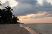 Strand von Maenam, Insel Koh Samui, Provinz Surat Thani, Thailand, Südostasien