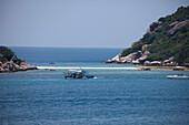 Beach on Koh Nangyan Island, Surat Thani Province, Thailand, Southeast Asia
