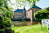 Gödens moated castle, near Sande, east Friesland, Niedersachsen, Germany