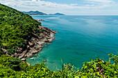 Malerische Bucht am Wolkenpass, Hai-Van, in der Nähe von Hue, Vietnam, Asien