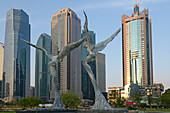 Engel Skulpturen in Lujiazui Park, Pudong, Shanghai, China