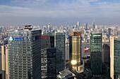Blick vom Grand Hyatt auf die Skyline, Pudong, Shanghai, China