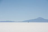 4x4 vehicle in the Salar de Uyuni, the world's largest salt flat, Potosi Department, Bolivia