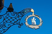 ad, adorned, ads, advertisement, advertising, Alsace, blue, business, color image, commerce, day, Europe, France, gastronomy, horizontal, outdoors, restaurant, sky, tavern, V04-1818554, AGEFOTOSTOCK